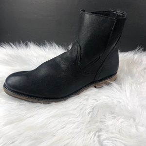 VINTAGE COLLECTION BOOTS MENS SIZE 9